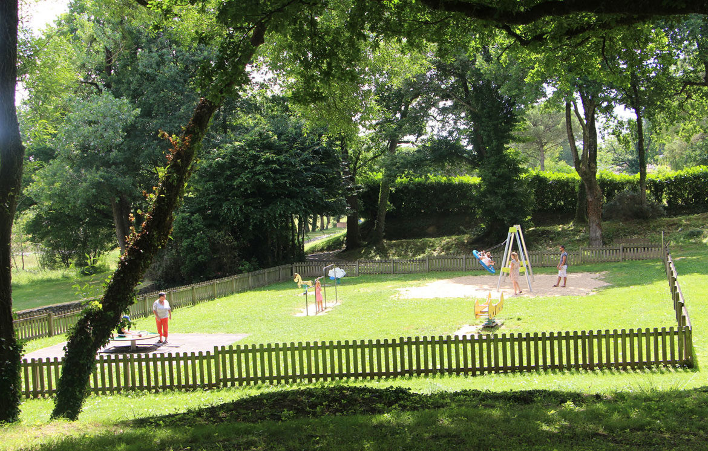 Aire de Jeux enfants étang du Moulin Neuf
