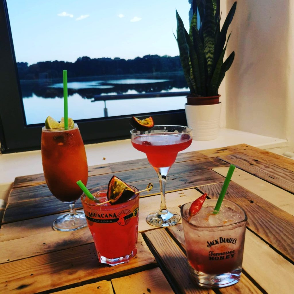 Auberge du Moulin Neuf - bar cocktails